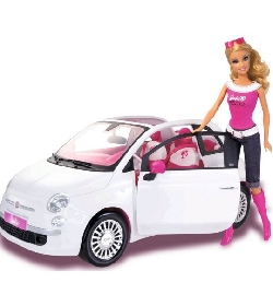 voiture fiat 500 avec poup e barbie univers poup es la boutique des poup es et des poupons. Black Bedroom Furniture Sets. Home Design Ideas